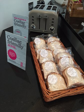 The Morrison, a DoubleTree by Hilton Hotel: Breakfast: Gluten-Free Bread and Dedicated Toaster