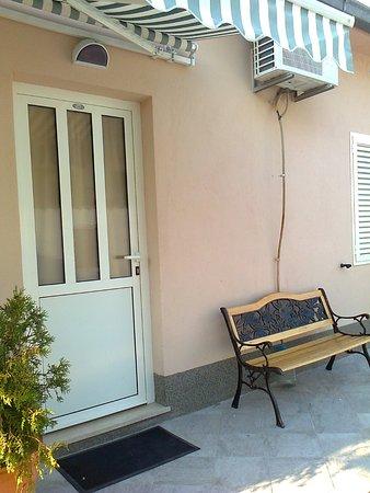 Apartmani Orlic: l'ingresso...