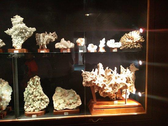 Sinnar, India: Charming crystals. Wonderful natural phenomenon