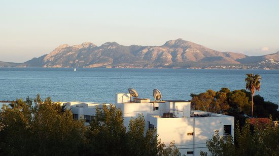 FERGUS Style Pollensa Park SPA: View from balcony looking towards Alcudia