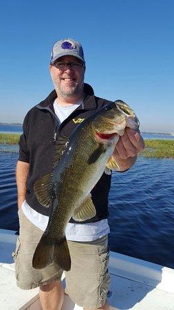 Quality bass on lake toho fishing with orlando fishing for Lake toho fishing guides