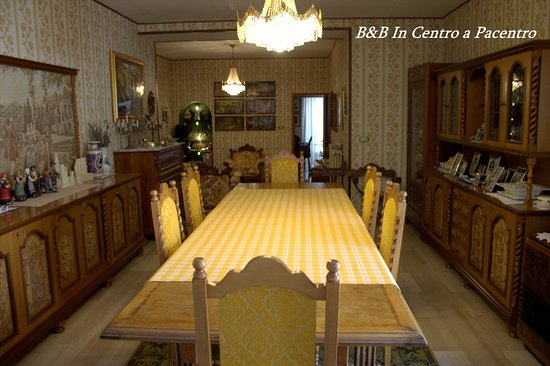 B&B In Centro a Pacentro: Hall