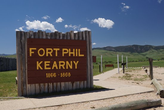 Sheridan, WY: Entrance, showing how big fort was