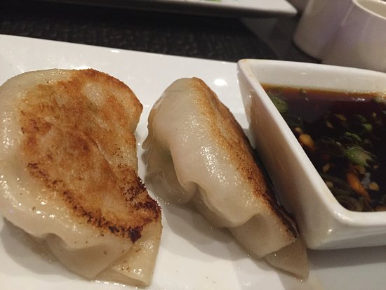 8 noodle pork and shrimp gyoza with dipping sauce