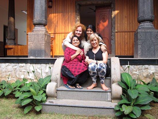 Ayurvedam at Sreenilayam: New friends