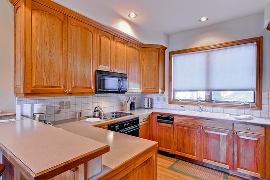 Ironwood Townhomes: Kitchen Example