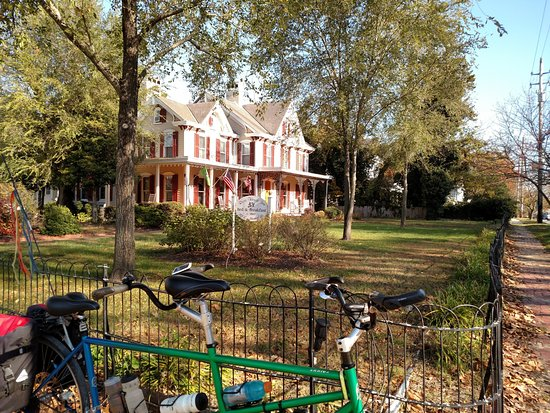 Snow Hill, MD: Great for traveling by bicycle!
