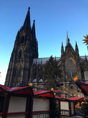 cologne cathedral great building must see - Koln Must See
