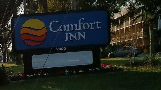 Comfort Inn Bonita Springs: Nov 2016 - Street sign