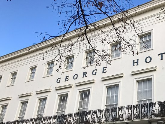The George Hotel: A Traditional Facade