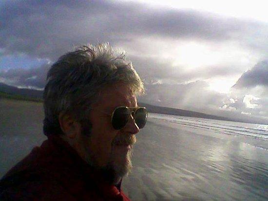 Porthmadog, UK: Black Rock Sands on a cloudy day