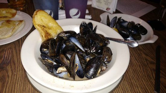 Grayslake, IL: Mussels