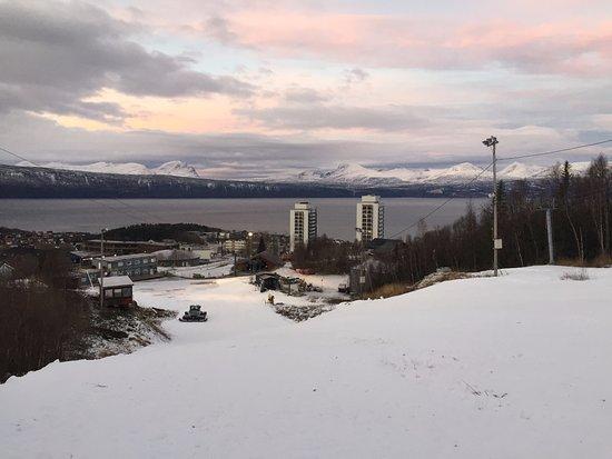 Narvik, Noorwegen: Горнолыжный курорт в Нарвику.