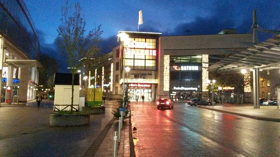 Siegen, Germania: la City Galerie sullo sfondo