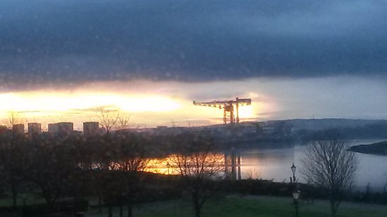 Clydebank, UK: River Clyde early morning