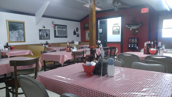Madill, OK: Country Kitchen Dining area