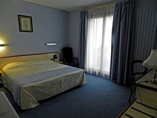 Hotel et Restaurant Le Bourgogne Bild