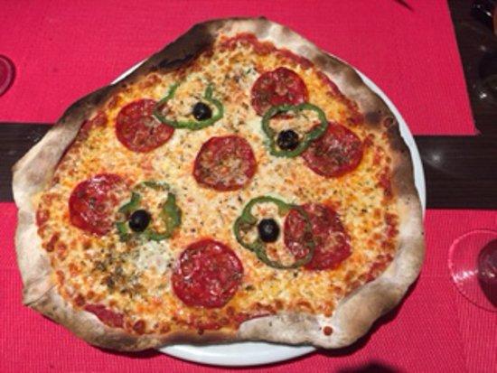 La Trattoria: Our pizza