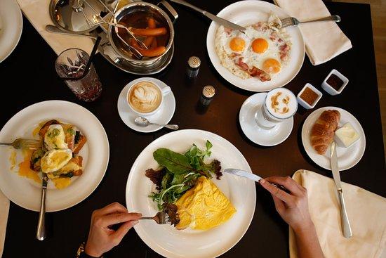 Pachtuv Palace : Full A la Carte Breakfast