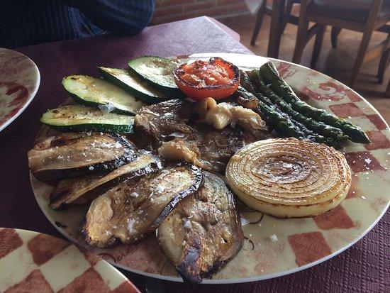 Parrillada de verduras y secreto ib rico un poco salado for Parrillada verduras