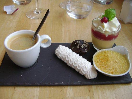 Le Pot de Beurre : Café gourmand :il manque un financier dégusté avant la photo