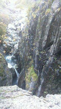 Chertova Melnitsa Waterfall