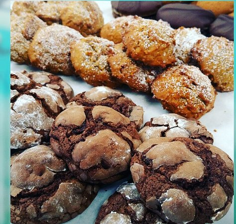 DeBary, FL: We have a variety of cookies every day