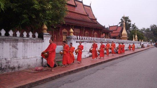 Laos Group Tours
