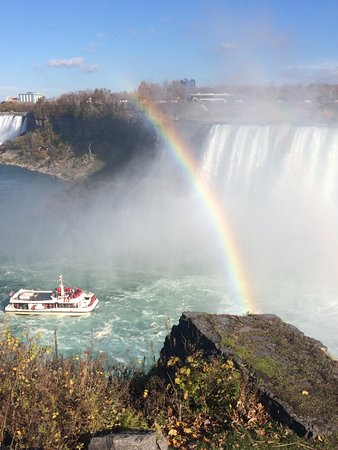 King Tours: Rainbows abound at Niagara Falls