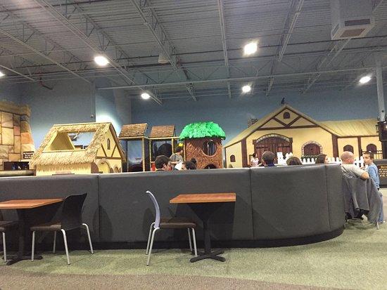 Mountain Play Lodge: photo1.jpg