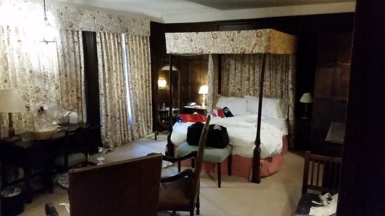 Weston on the Green, UK: Great stay on our wedding night!