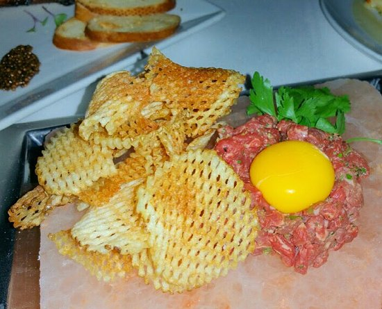 Vic & Anthony's Steakhouse - Las Vegas: Steak Tartare is BOMB!