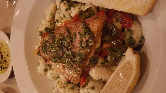 Mayville, Nova York: Andriaccios Restaurant