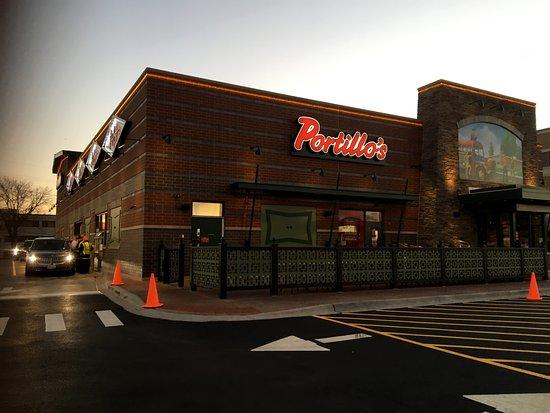 Portillo s hot dogs deerfield restaurant reviews phone