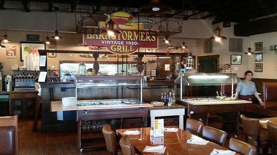 Williamson, GA: Barnstormer's Grill