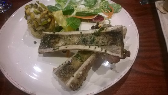 Melbourne Beach, FL: Bone Marrow and bread pudding/sorbet with a salad
