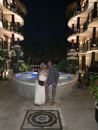 Фотография El Taj Oceanfront & Beachside Condos Hotel