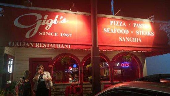 Gigi's Italian Restaurant : Gi Gi's Front