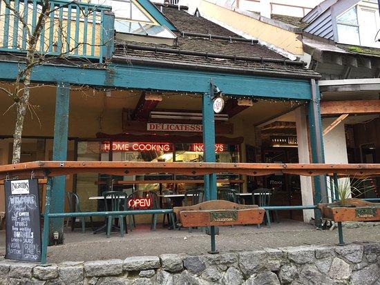 Ingrid's Village Cafe: photo3.jpg