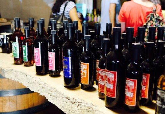 Wauchope, ออสเตรเลีย: Timbertown November 2016, don't miss the wine and port tasting!