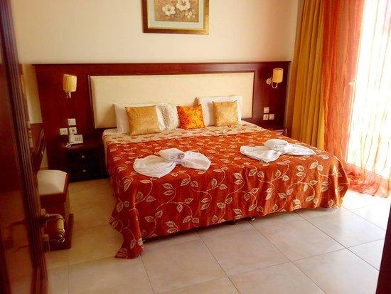 Arkassa, กรีซ: Royal Beach Hotel Karpathos - Apartment