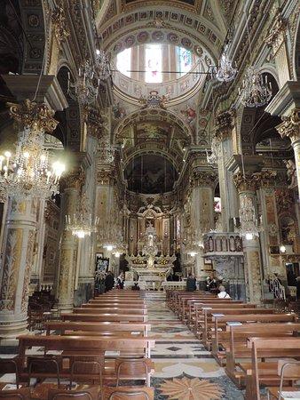 Chiesa di Santa Margherita d'Antiochia - Santuario di Nostra Signora della Rosa Photo