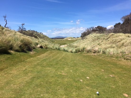 Lost Farm Barnbougle Golf Course: The 10th from the blue tees. Long and straight.