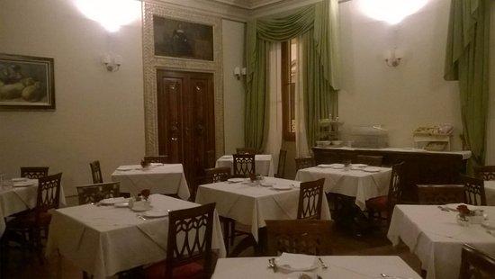Hotel dei Macchiaioli: sala colazione.