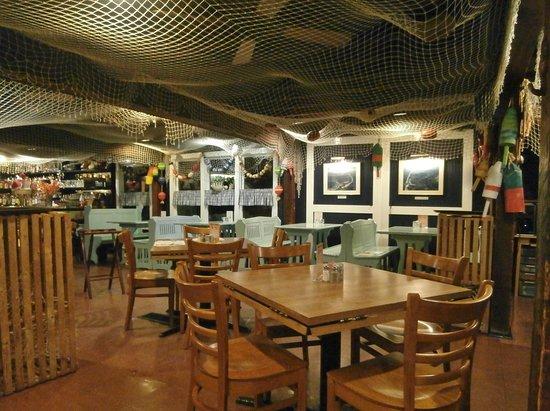 Lobster Claw: Interior shot