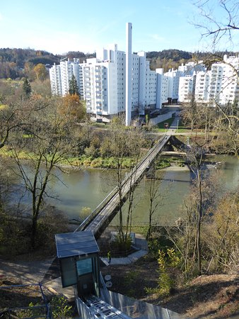 Wettingen, Sveits: Incline elevator to Limmat