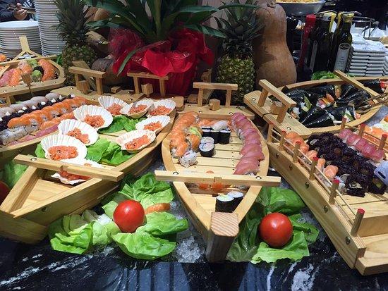 Brembate, İtalya: una parte del sushi