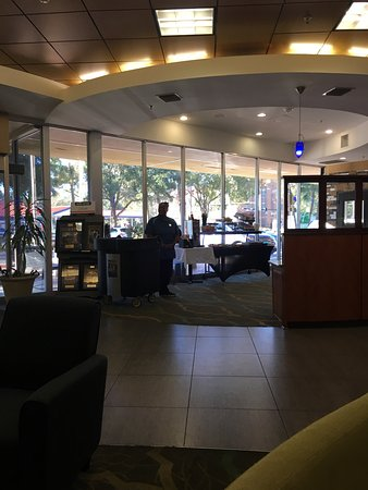 Holiday Inn Gainesville University Center: photo0.jpg