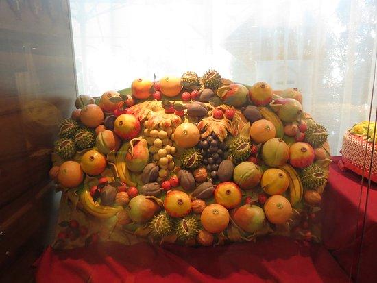 szamos marzipan exhibition and workshop fruktkorg