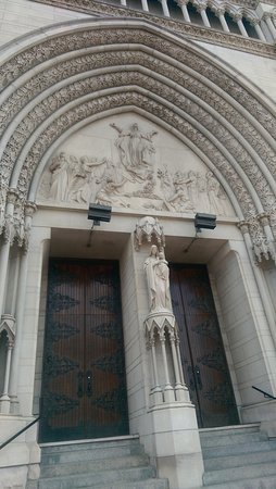 Cathedral Basilica of the Assumption: Entrance to the Cathedral